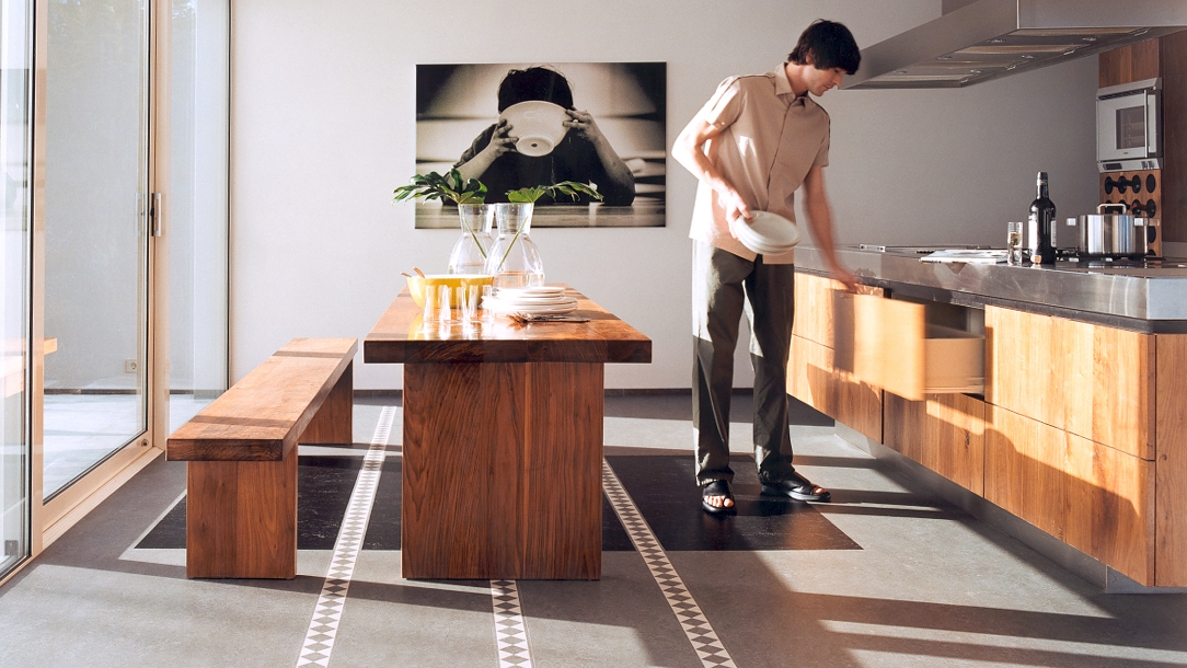 In unseren Bodenbelag-Katalogen finden Sie Ihre schönsten Bodenbeläge garantiert.